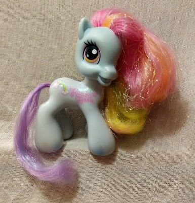 2008 Hasbro MLP My Little Pony G3.5 Generation 3.5 Rainbow Dash Glitter in hair (Rainbow Dash In My Little Pony)