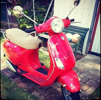 Fire Engine Red Vespa Carramar Fairfield Area Preview