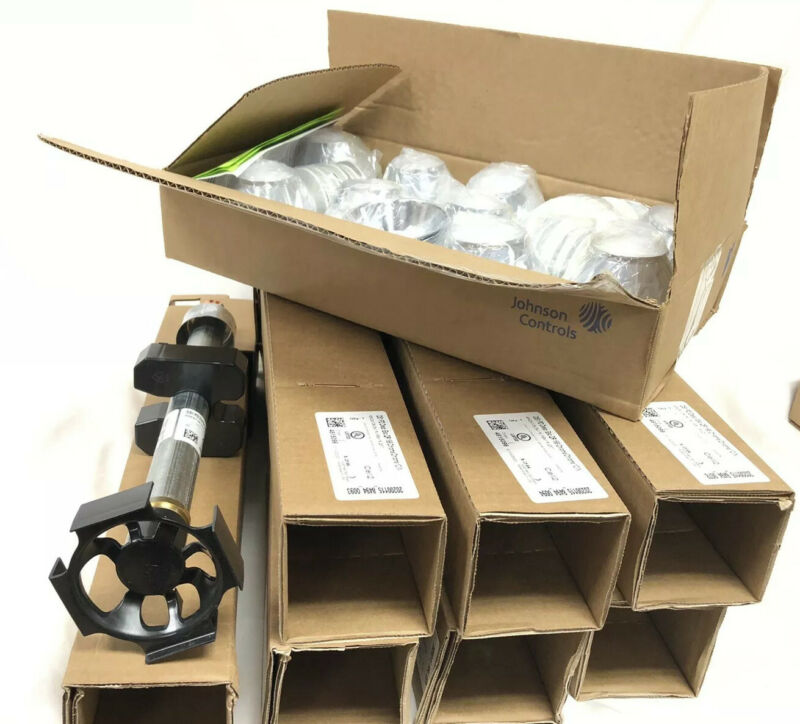 8 Tyco Series DS-1 Dry-Type Sprinklers TFP510 w/ Escutcheon Plates New Open Box