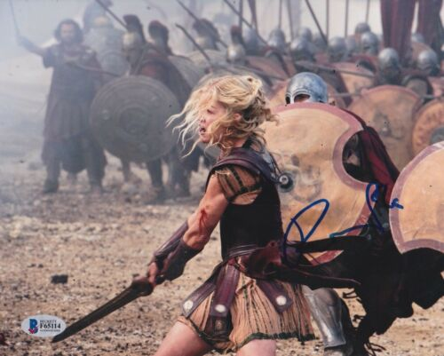 ROSAMUND PIKE SIGNED 8X10 PHOTO WRATH OF TITANS BECKETT BAS AUTOGRAPH AUTO COA D