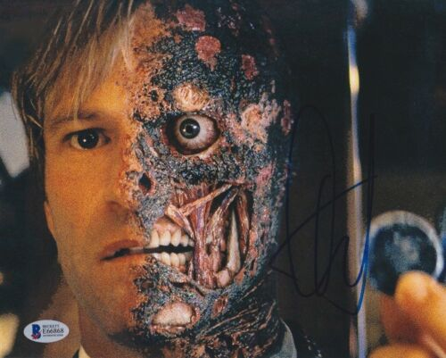 AARON ECKHART SIGNED 8X10 PHOTO DARK KNIGHT BECKETT BAS AUTOGRAPH AUTO COA G