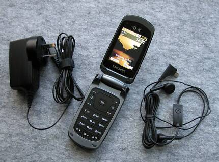 Samsung GT-S5511T mobile phone
