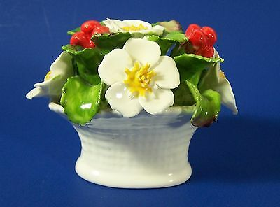 Aynsley December Christmas Rose Mini Floral Bouquet Vintage England Capodimonte