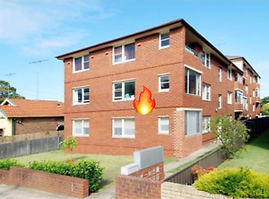 Unfurnished room in fully furnished apartment. Bills incl. Maroubra Eastern Suburbs Preview