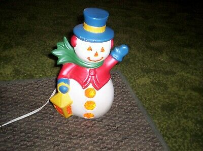 Vin Light Up Ceramic Snowman 9 In Tall Long Cord On/Off Switch Hand Painted
