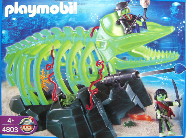 PLAYMOBIL 4803 - GLOW IN THE DARK GHOST WHALE SKELETON & PIRATES - NEW & BOXED!