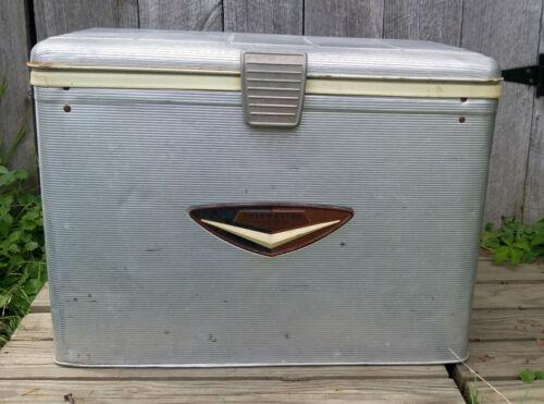 Vintage Retro Art Deco Poloron Thermaster Aluminum Picnic Cooler