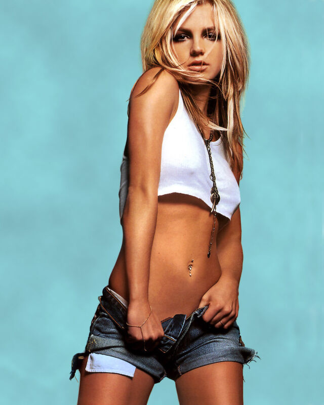 BRITNEY SPEARS 8X10 CELEBRITY PHOTO PICTURE HOT SEXY 140