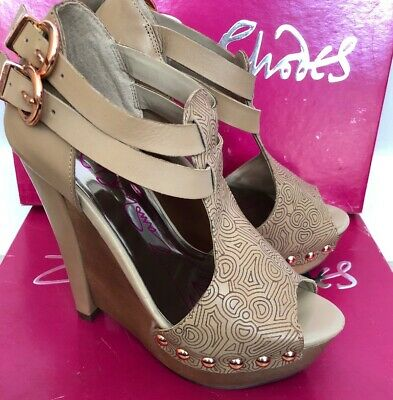 Used, Zandra Rhodes Wedge Beige Shoes - Size 2 for sale  Shipping to Ireland