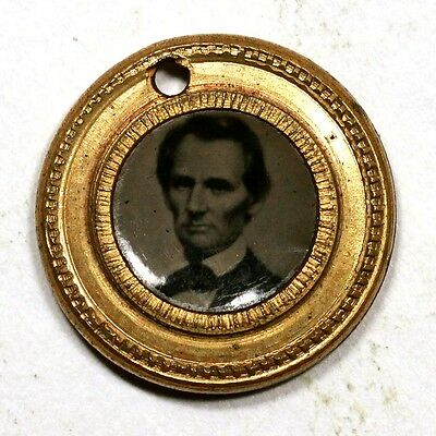 1860 Abe Lincoln 14.9mm Brass Photo Button
