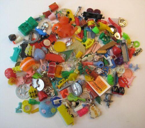 VINTAGE Plastic GUMBALL CHARM Toy Premium Prize CRACKER JACK 150+ Lot  #4
