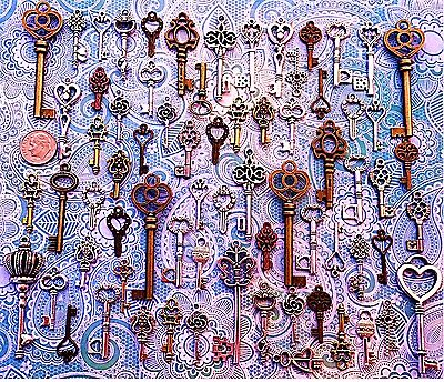 62 Antique Vtg Old Look Bronze Skeleton Keys Lot Pendant Heart Jewelry E6