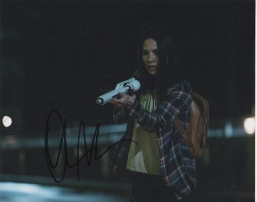 Olivia Munn Predator Autographed Signed 8x10 Photo COA O7Z