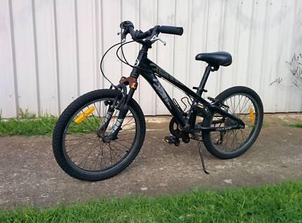 "Giant MTB 20"" lightweight mountain bike suit 10yo Woodville Park Charles Sturt Area Preview"