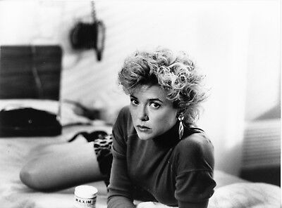 The Grifters   Sexy Annette Bening   Original 1990 Movie Photo   Mint Condition