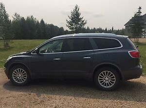 2012 Buick Enclave loaded with leather 7 pass