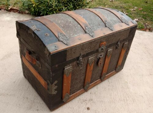 ANTIQUE 19th Century DOME TOP PRESSED TIN STEAMER TRUNK