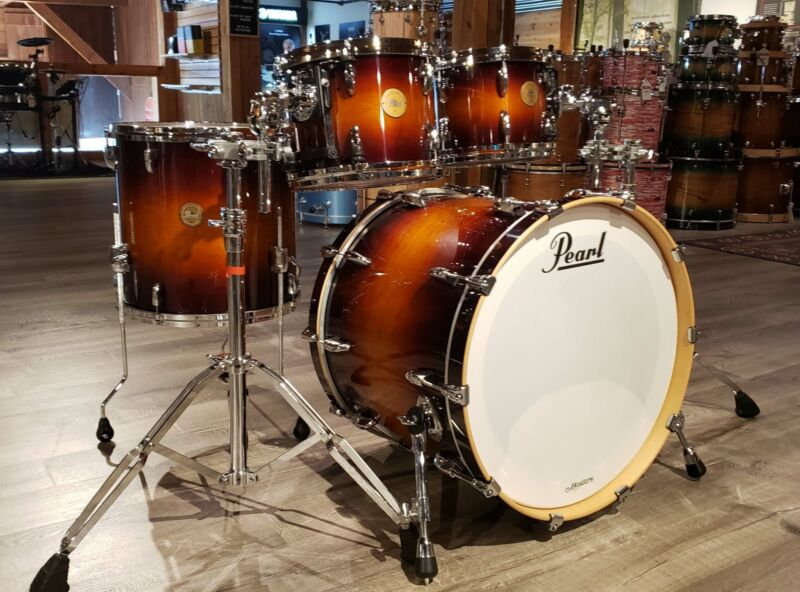 Used Pearl Limited Edition Masters Mahogany 4pc Drum Set Brooklyn Burst