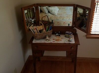 Oak Antique Victorian Vanity Dressing Table with Tri-Fold Mirror for sale  Columbia City