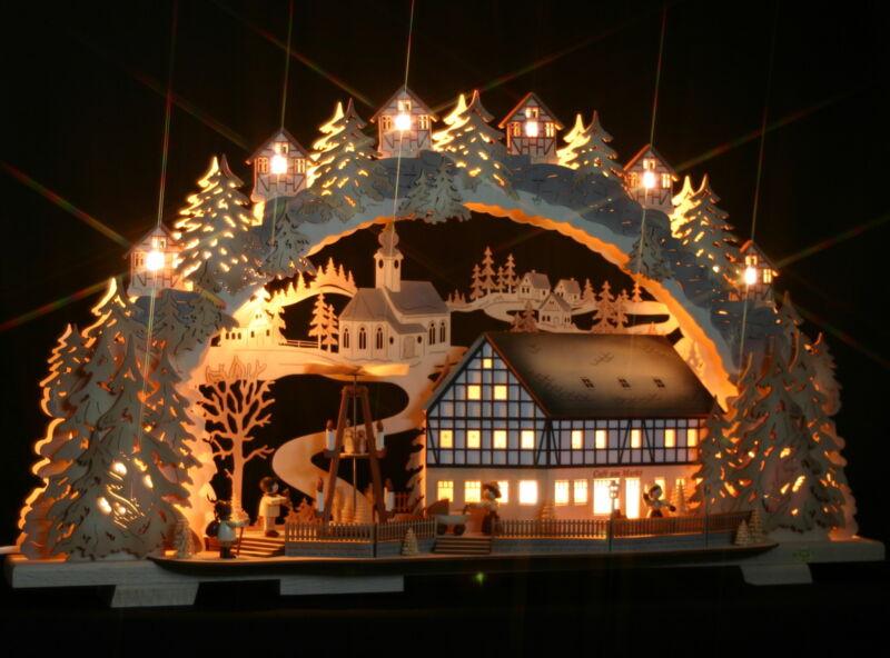 3D-Schwibbogen Fachwerkhaus Cafe am Markt mit elektrischer Pyramide Erzgebirge