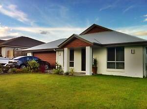 Spacious room in Doolandella- between Forest Lake and Oxley! Doolandella Brisbane South West Preview