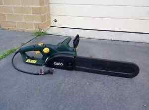 Ozito Electric chainsaw. Used 5 times Elderslie Camden Area Preview