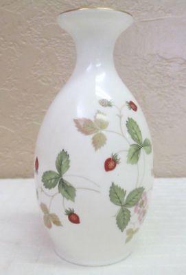 Vintage Wedgwood Wild Strawberry Five Inch Flower Bud Vase