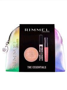 Rimmel The Essentials Silver Make Up Bag Gift Set includes Stay Matte Powder.