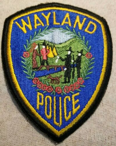 MA Wayland Massachusetts Police Patch