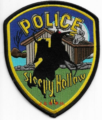 """Sleepy Hollow, Illinois  shoulder police patch (4"""" x 5"""" size) (fire)"""