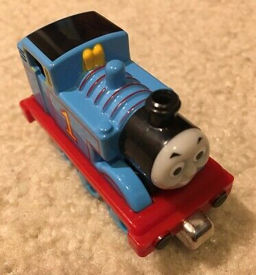 2002 Thomas & Friends Diecast Metal Toy Train Engine Vehicle Magnetic Push Along