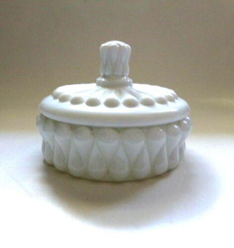 Fenton Milk Glass TEARDROP Pattern Covered Round Candy Dish, VERY RARE!