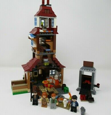 LEGO Harry Potter The Burrow (4840) 98% complete!  Super fun set to Build
