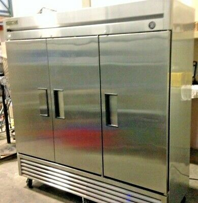 True Manufacturing T-72f Reach-in Commercial Refrigerator 3 Doors