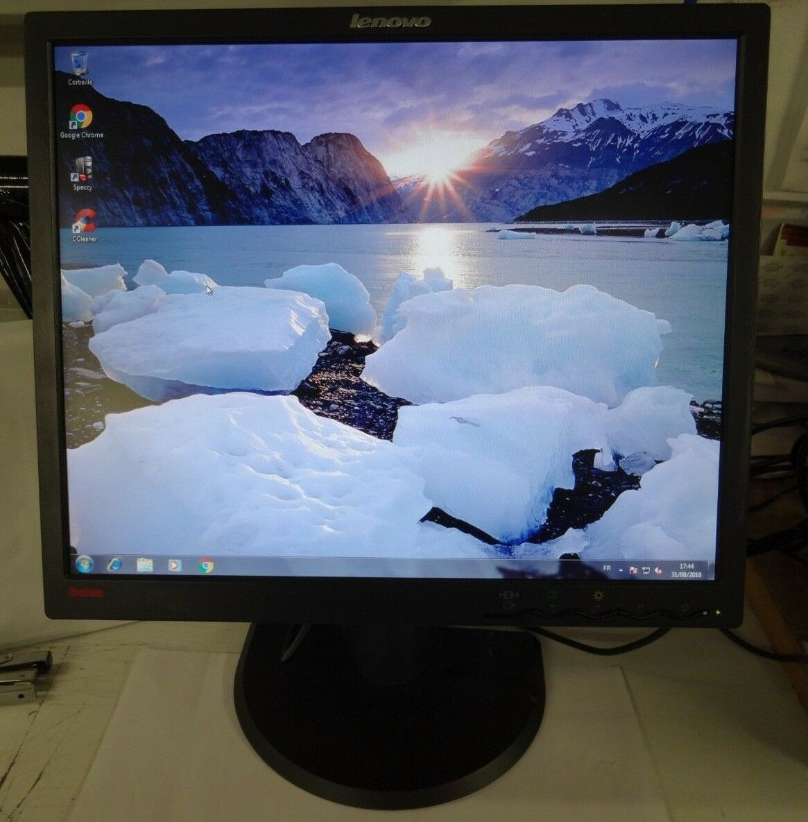Ecran lcd lenovo thinkvision l193pc 19