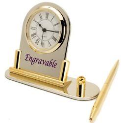 STAINLESS STEEL,SILVER/GOLD FINISH ENGRAVABLE DESK TOP W/PEN QUARTZ MINI CLOCK.