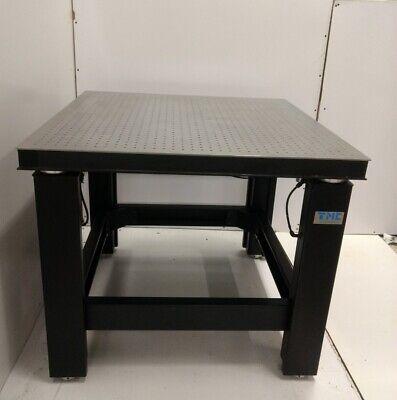 Tested 3 X 3 Newport Optical Breadboard Table Tmc Micro-g Isolators Tie Bar