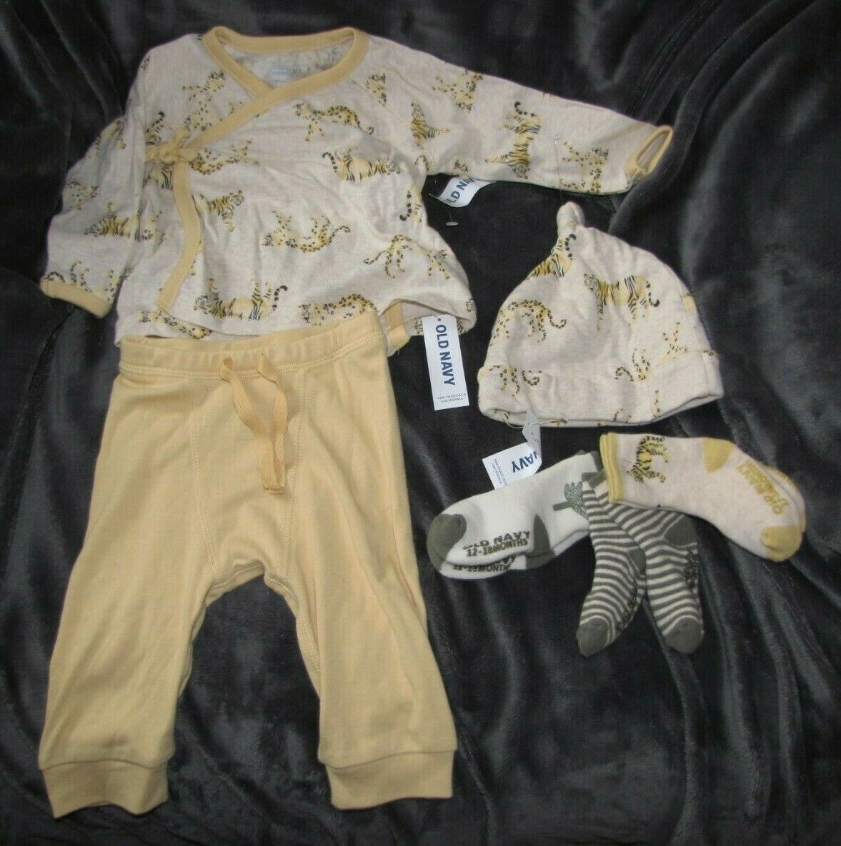 OLD NAVY TIGER 6 PC BABY CLOTHES OUTFIT SET LOT KIMONO TOP P