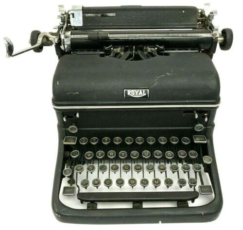 Vintage Royal KMM Manual Black Typewriter