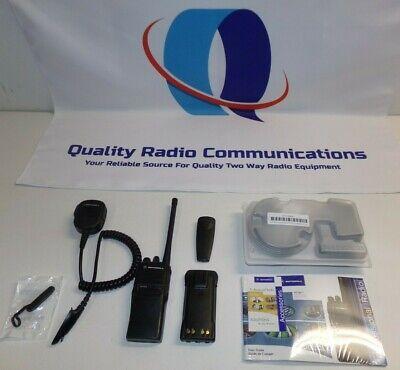 Motorola Ht750 136-174 Mhz Vhf 16 Ch Two Way Radio W Charger Mic Aah25kdc9aa3an