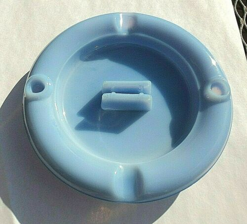 Vintage JEANNETTE GLASS DELPHITE BLUE WINDSOR PATTERN ASHTRAY