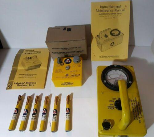 Vintage Geiger Counter Radiation Detector Civil Defense CDV-715 (1A) Dosimeters