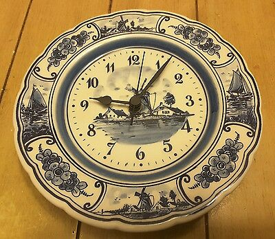 Vintage DELFT BLUE Handpainted Wall Plate Clock Made In Holland 9""