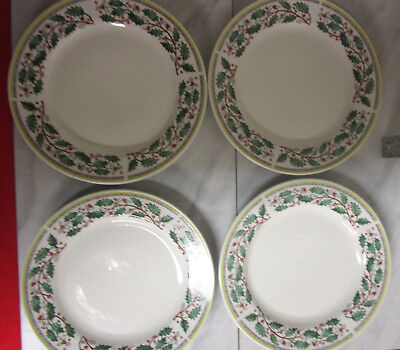 4 Gibson Christmas Dinner Plates Dishes holly berries 10