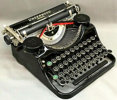 Vintage 1935 Underwood Model F Universal Portable Typewriter - Art Deco antique