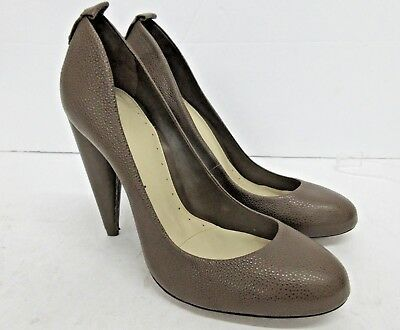 New! BCBG MAXAZRIA Brown Pebble Leather Pump Size: EUR 39