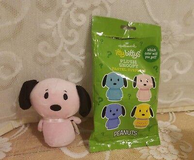 Hallmark Itty Bittys Pastel Surprise Plush Snoopy NEW; Unused  !