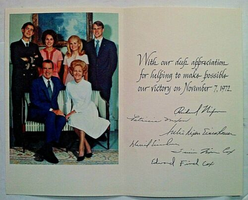 1972 Richard Nixon & Family Appreciation Greeting Card w/ Color Photo & Fac Sigs