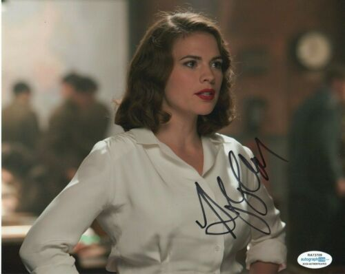 Hayley Atwell Captain America Autographed Signed 8x10 Photo ACOA