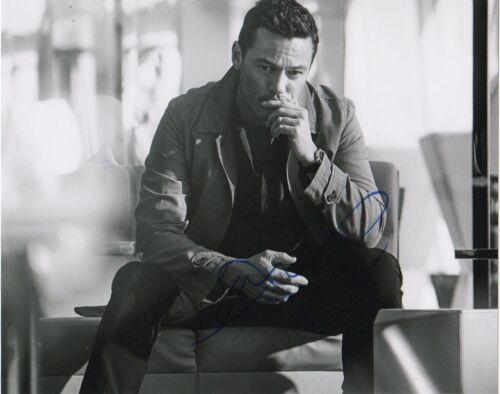 Luke Evans Autographed Signed 8x10 Photo COA D10